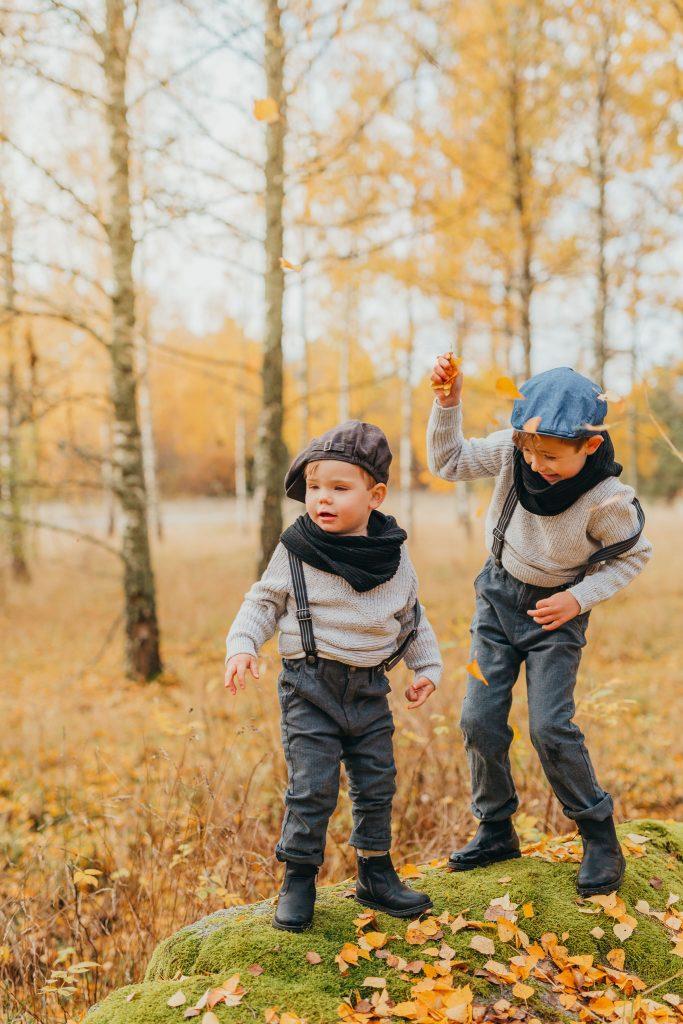 familjefotograf linköping nyköping fotograf stockhom utomhusfoto